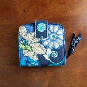Vera Bradley Mod Floral Blue Small Wallet (NWOT)